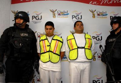 20111007214758-asesinos2.jpg