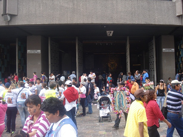20121216054249-la-basilica.jpg